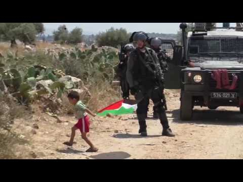 """Palestinian"" father tries to sacrifice his son for ""Palestinian"" Propaganda"