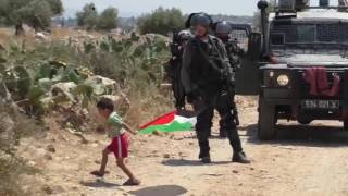 """Palestinian"" father tries to sacrifice his son for ""Palestinian"" Propaganda"