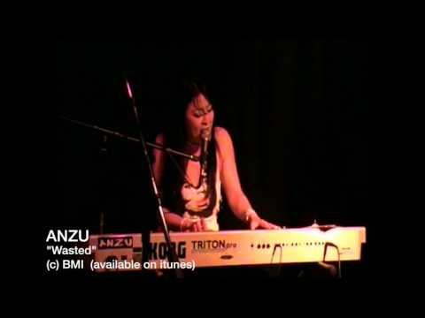 Anzu Lawson plays Piano version of