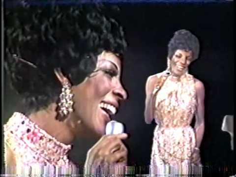 Martha & the Vandellas - Mike Douglas Show (1968)