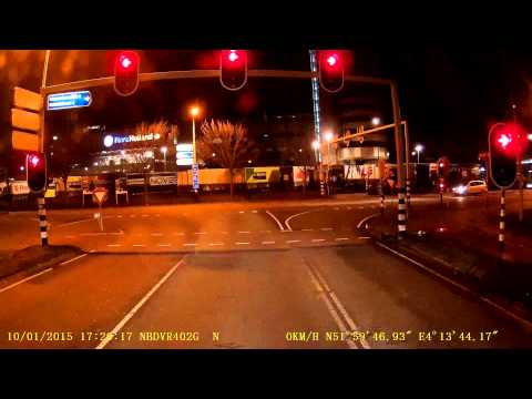 Lithuanian lorry driver barely avoids an accident caused by Holland