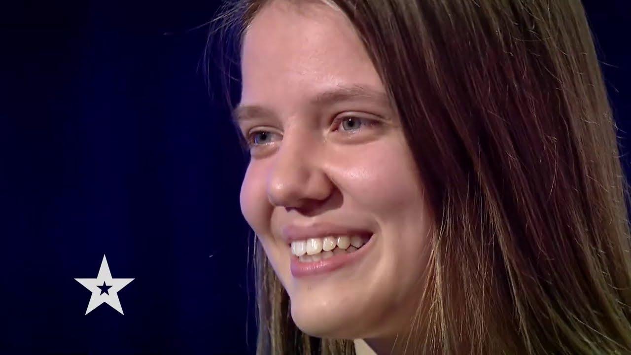 Românii au talent 2021: Diana Rad i-a cucerit în unanimitate pe jurați cu vocea și sensibilitatea sa