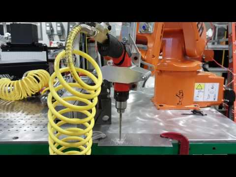 Drilling with robots