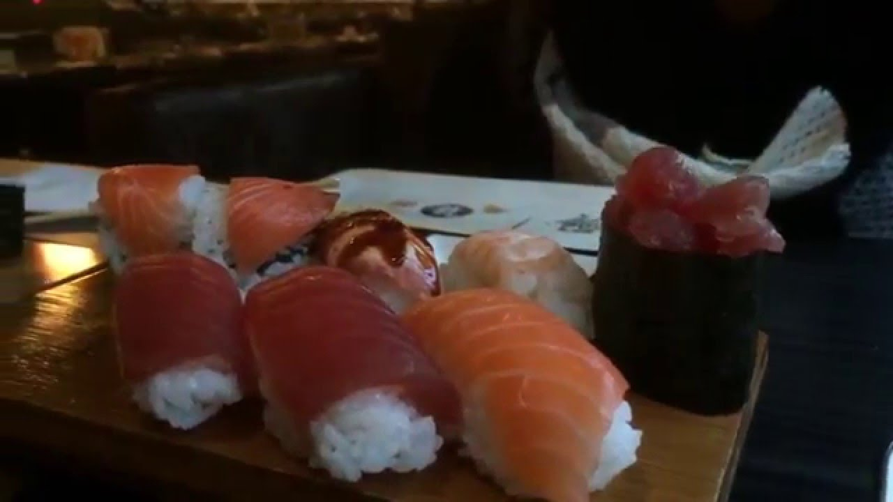Asaka sushi restaurant in enschede youtube for Asaka japanese cuisine