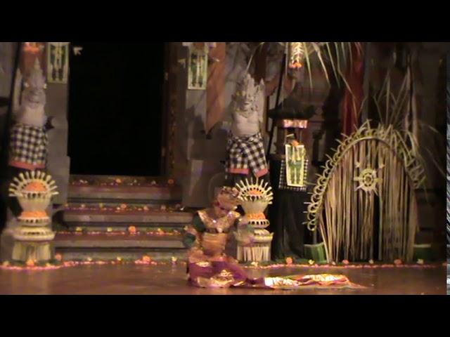 KEBYAR DUDUK DANCE by ANAK AGUNG GDE BAGUS MANDERA ERAWAN 2013 at BALERUNG STAGE PELIATAN