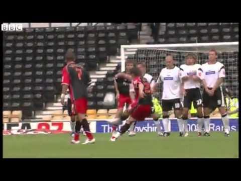 Gareth Bale Free Kick for Southampton aged 17