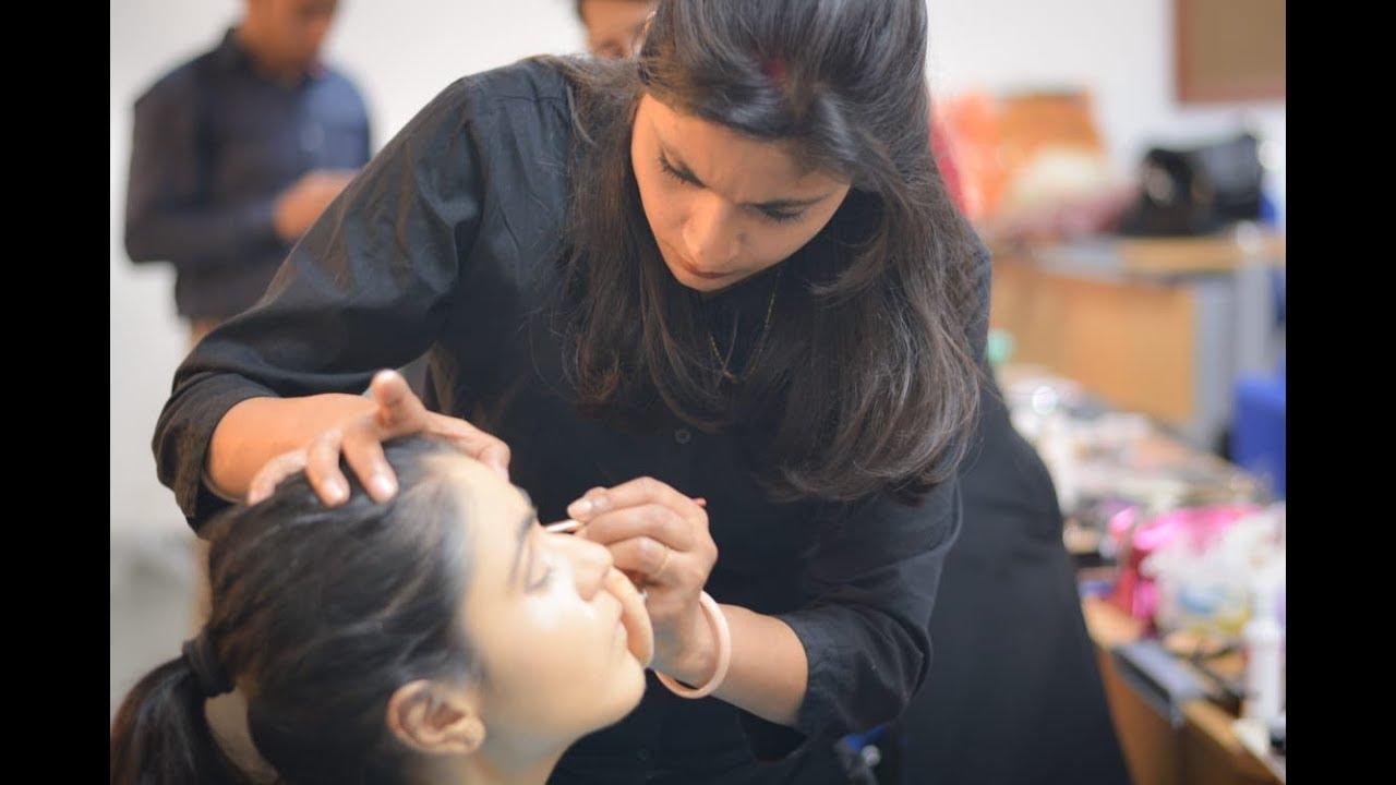 Lakme Makeup Course In Delhi | Saubhaya Makeup