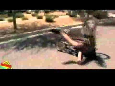 """Những tai nạn xe """"ngớ ngẩn"""" nhất 2011.flv"""