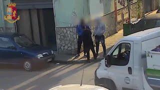 Spaccio davanti alla scuola, sei arresti a Palermo