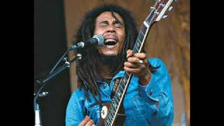 Bob Marley - No woman no cry - live at Deeside Leisure Centre 1980