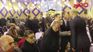 طاهر وبسيرو في عزاء حمادة إمام (اتفرج)