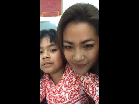 Chorn chan lakena was Video Live with daughter Lovely in Shop