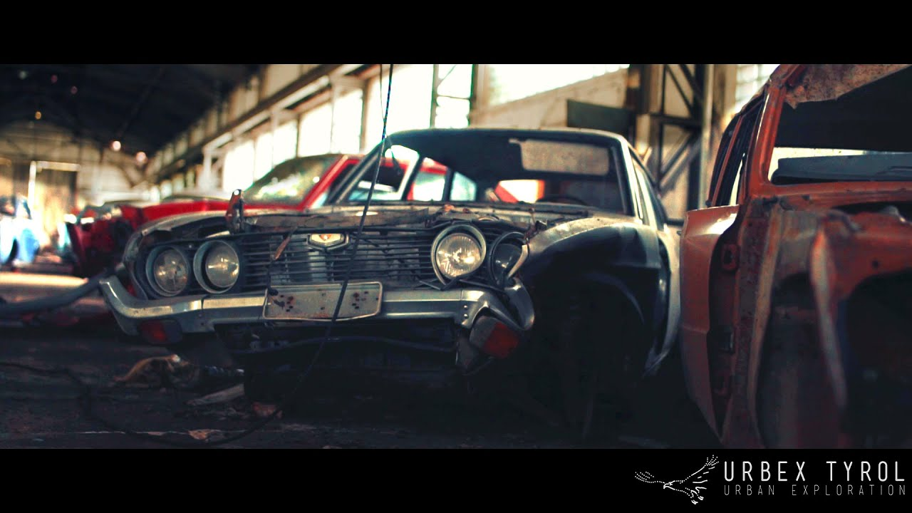 Urban Exploration Abandoned Garage With Classic Cars Youtube