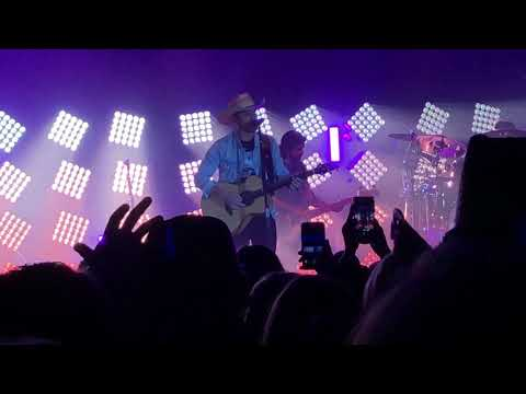 Dustin Lynch San Diego 2019 - RIDIN' ROADS