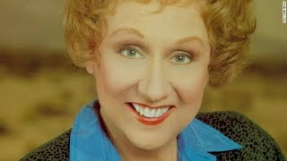 THE DEATH OF JEAN STAPLETON