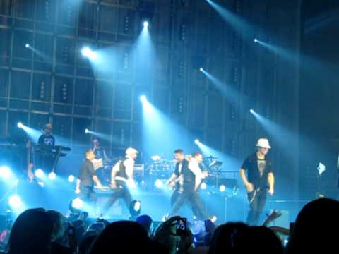 NKOTBSB Don't Turn Out The Lights 7/6/2011 Anaheim, CA