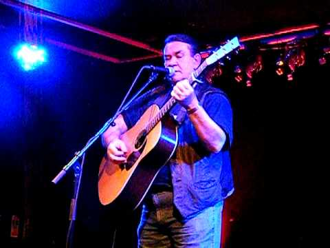 Dick Gaughan sings The Big Muddy