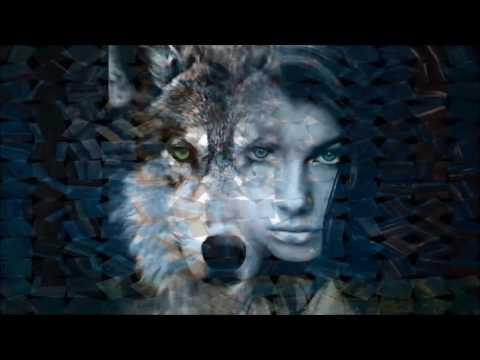Фотография Одинокая волчица из раздела ню №4427105 - фото