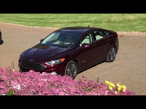 FAMILY CAR - 2018 Ford Fusion hybrid gets 40+ mpg