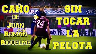 Gambar cover Caño de Juan Roman Riquelme sin tocar la pelota - Boca Jrs 2014
