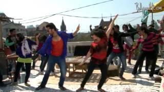 Jackky Bhagnani gives Indian twist to Gangnam style