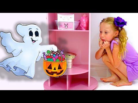 Nastya and mysterious adventures on Halloween