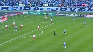 Mário Fernandes do Grêmio botando o Juan pra dançar