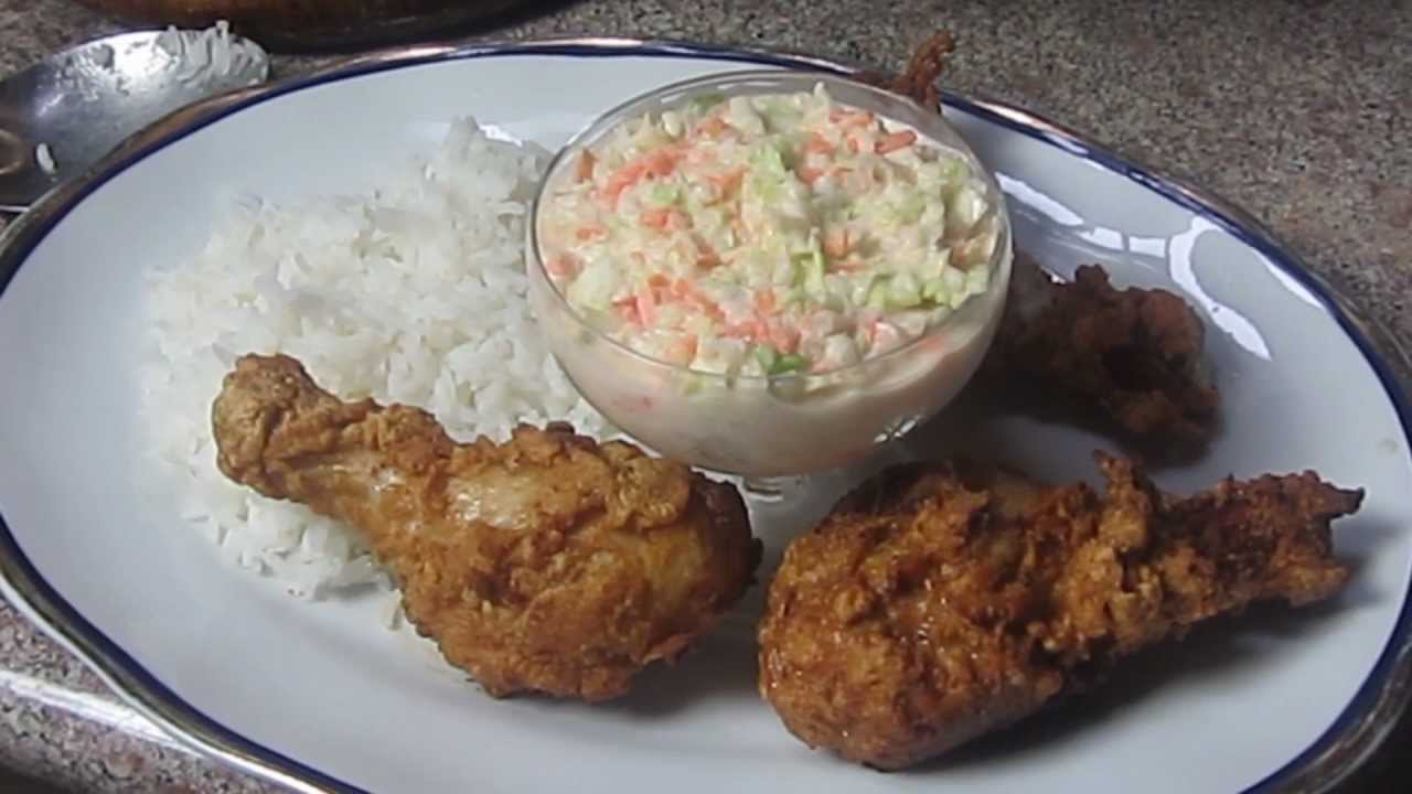 Pollo frito con coleslaw youtube for Como preparar repollo