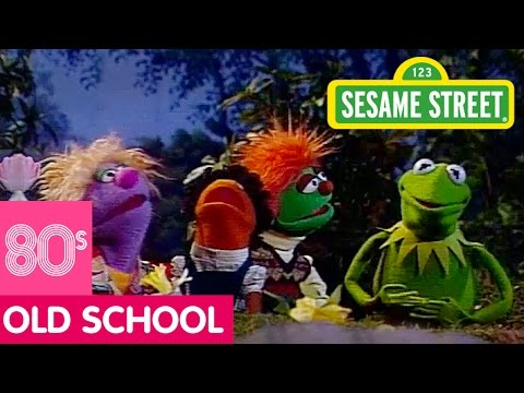 Sesame Street: Song: I Wonder 'Bout The World with Kermit