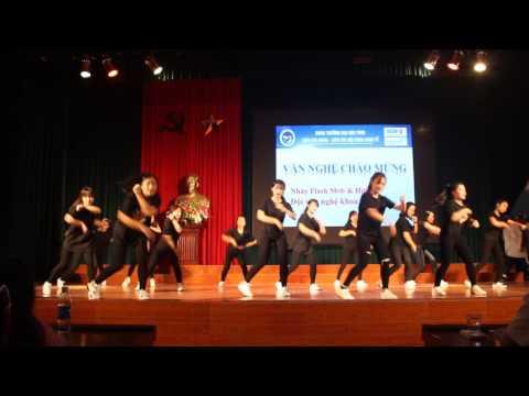 Văn nghệ mở đầu Chào đón K57 Khoa Kinh tế- Vinh University