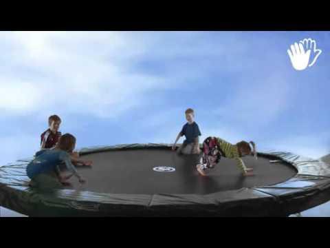 Harehop i havetrampolin - DGI Gymnastik