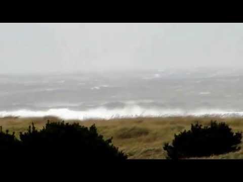 October 25, 2014. Wind storm at Long Beach, Washington.