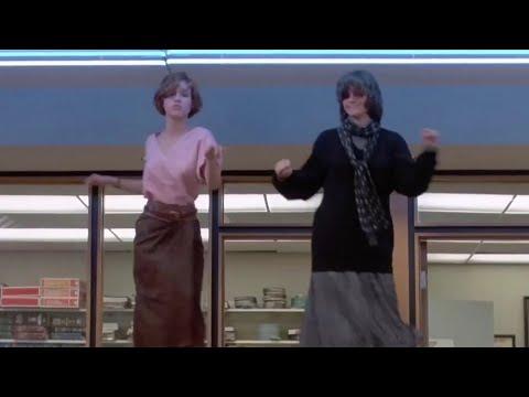 The Weeknd - Blinding Lights, Breakfast Club Dance Scene (Music Video)