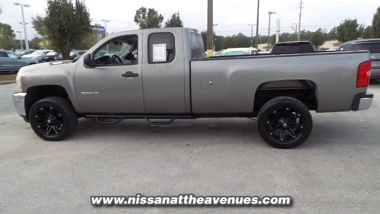 used 2013 chevrolet silverado 2500 hd wt 4x4 at coggin nissan avenues used dz323422 youtube. Black Bedroom Furniture Sets. Home Design Ideas