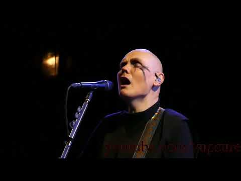 The Smashing Pumpkins - Thirty Three - Live HD (Wells Fargo Center)