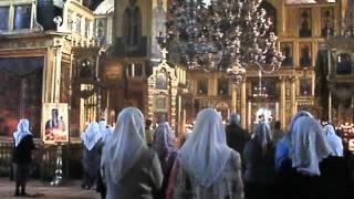 Видео хоры старообрядческой церкви(Короткое видео-хоры старообрядческой церкви.Богослужение в Покровском Храме на Рогожском кладбище 7.02.2016г...., 2016-02-07T16:04:40.000Z)