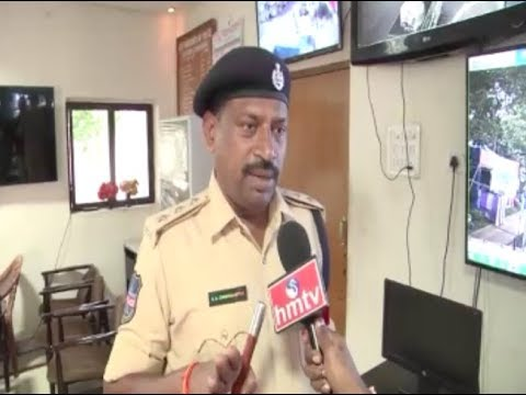 Charminar ACP Ashok Chakravarthy Face to Face over Security Arrangements For Ganesh Immersion HMTV
