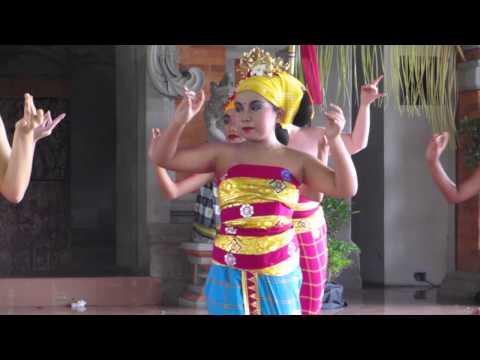 Tari Tenun ..Balinese weaving dance