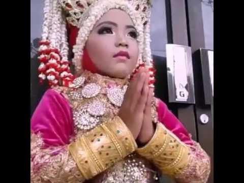 87+ Gambar Baju Adat Aceh Pakai Hijab Terlihat Keren