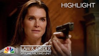 Law & Order: SVU - Battle of the Mothers (Episode Highlight)