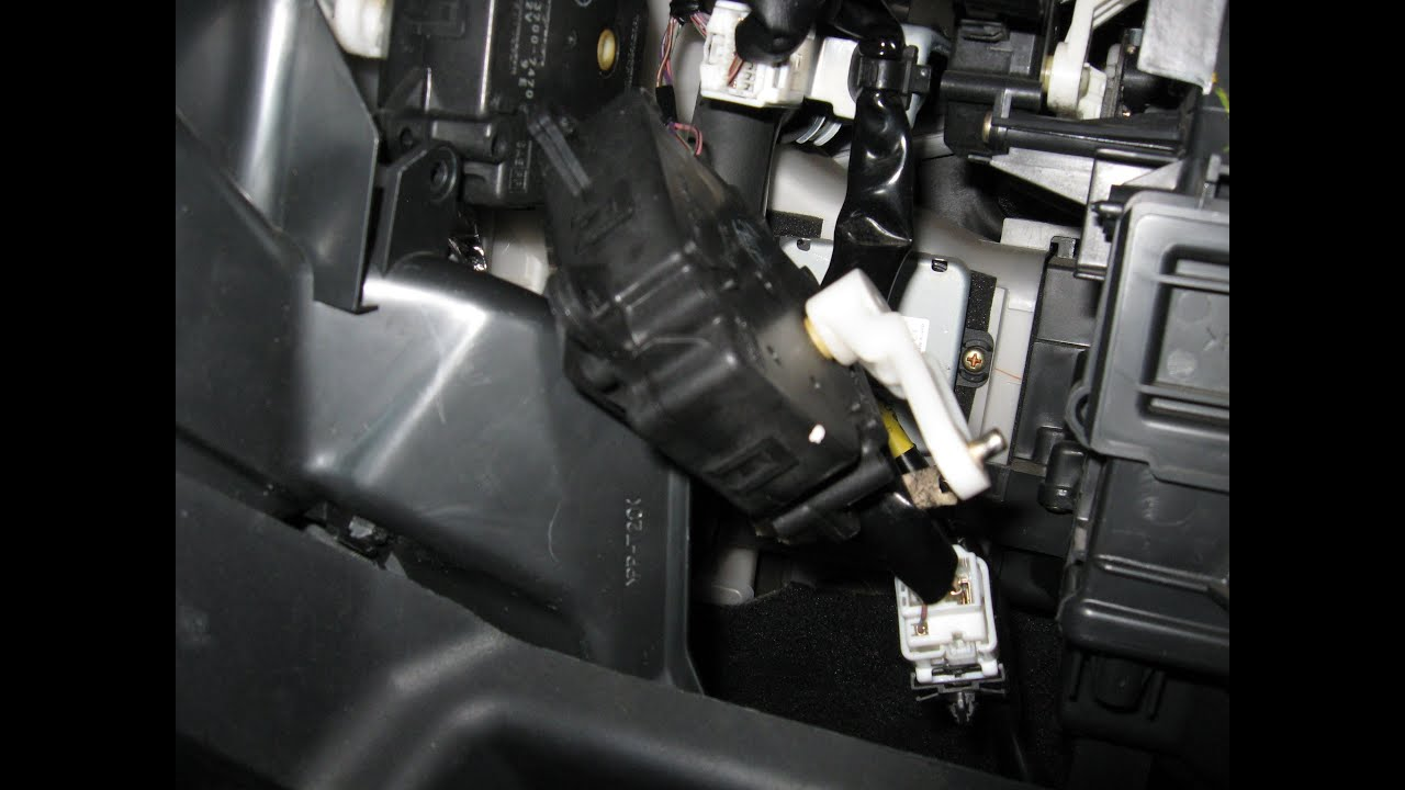 Lexus Servo Motor Air Mix Hot Cold Noise Install By Froggy Youtube Fuse Box Toyota Avensis 2007