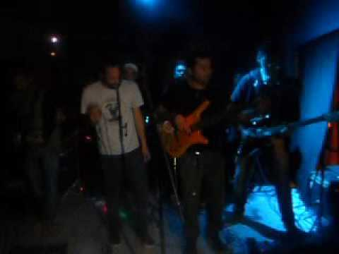 Raiz negra-Percepcion (vivo-Black One)