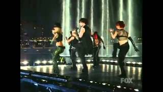 Britney Spears - I'm a Slave 4 You (Live at the 2001 Billboard Awards)