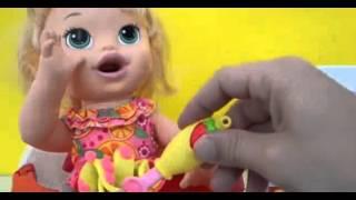 Baby Alive Minha Boneca Sara Fazendo Toto no Troninho!!! Em Portugues Tototoykids