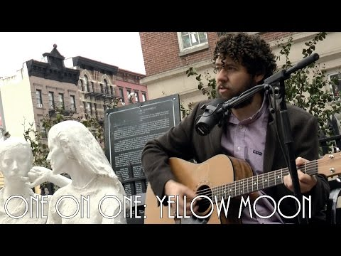 ONE ON ONE: Declan O'Rourke - Yellow Moon November 13th, 2014 New York City