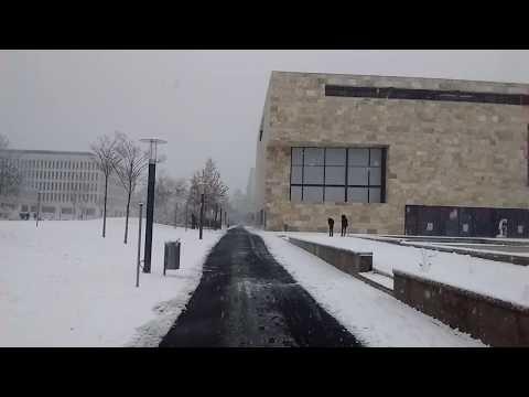 Campus Westend in Frankfurt im Schnee