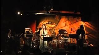 2011年8/4 原宿クロコダイル うえむらかをるソロライブ 「Con los músicos fantásticos 」より サリナ・ジョーンズがスタッフと録音した名盤「My Love」に収録された曲を、日本 ...