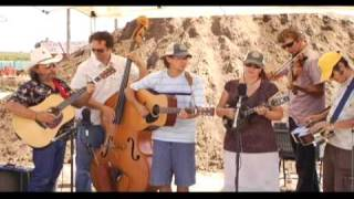 Lonesome Traveler Bluegrass Band - Ginseng Sullivan