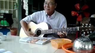 Thầy trần quang lộc chơi ghita