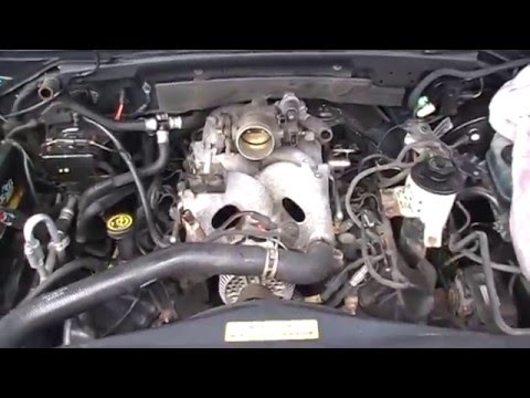 Rare Video!  PO171 PO174 CODES Ford Expedition 2000 4.6 aluminum intake gasket repair.